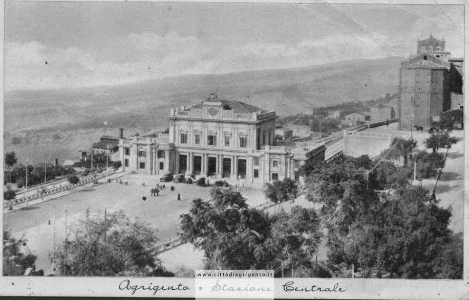 3926f4396e Poetiche visioni di Agrigento di Gerlando Lentini - Agrigento Ieri e Oggi