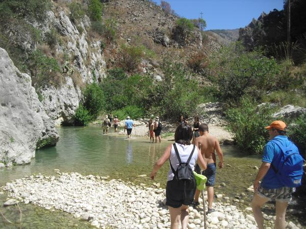 Trekking e cammini tematici nelle alture dei Monti Sicani con le guide della coop La Quercia Grande