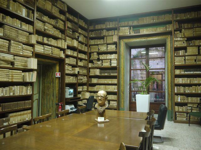 Biblioteca Lucchesiana di Agrigento: la guerra tra la Chiesa e il Comune