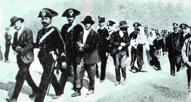 Briganti e Carabinieri