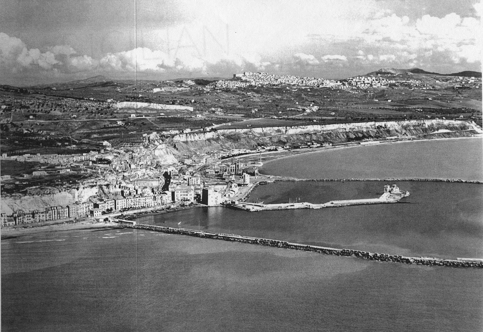Il Comando della Marina nella Torre di Porto Empedocle