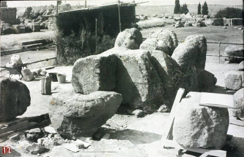 tempio in ricostruzione
